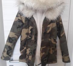 Maskirna krznena jakna xs