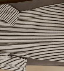 Crno-bijela prugasta haljina