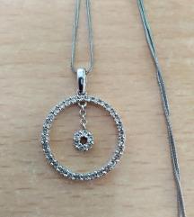 Srebrni lančić s krugom i cirkonima