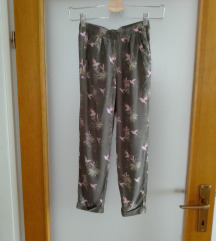 H&m hlače vl.7-8 godina