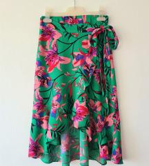 Bershka cvjetna wrap suknja