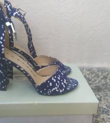 Polka sandale
