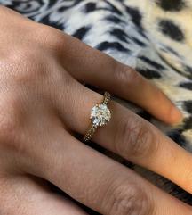 Zaručnički prsten Swarovski