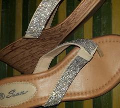 Srebrne papuce..japanke
