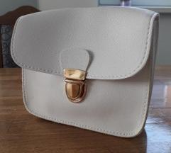 NOVO bijela mala torbica