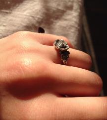 Prsten ruža