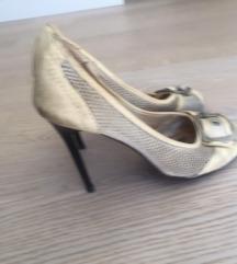 Bijele ljetne štikle sandale