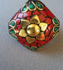 Prsten  crveni koralji i tirkiz