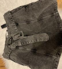 Zara kratke hlače M novo