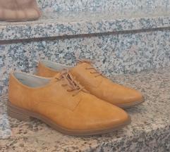 Cipele oker