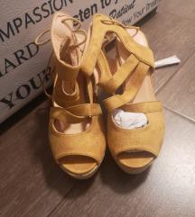 Nove sandale, nikad nošene, 39