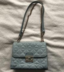 Svijetlo plava torbica