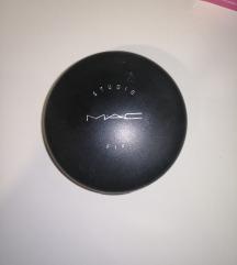 Mac original puder u kamenu