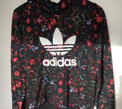 % Adidas duksa / hoodie
