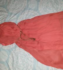 Haljina s zlatnim detaljem