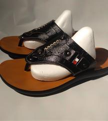 sandale broj 38 novo!!!!!!!