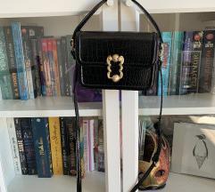 Zara torbica zlatni detalji