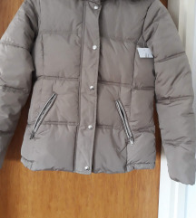 Nova zimska jakna s etiketom