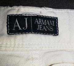Armani bijele traperice br.27