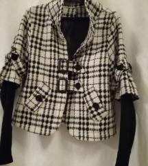 kratka jaknica ,38
