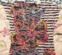 Šarena majica sa leptirom i cirkonima