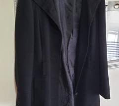 Crni kaput NOVO placen 1100 kn%