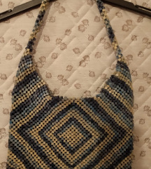 Plava drvena torbica