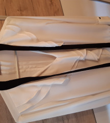Orsay predivna bluza s volanima 😍