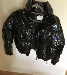 Nova BERSHKA puffer jakna XS-S