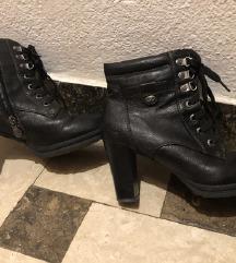 Hit cizme