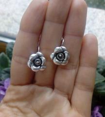 Srebrne nausnice - cvijet, 925