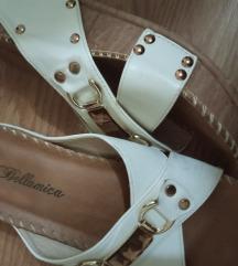 Bijele papuče, natikače