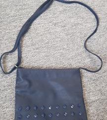 Plava torbica sa zakovicama