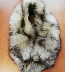 Krzneni ovratnik polarna lisica