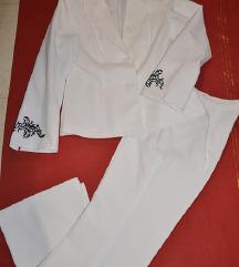 Zensko bijelo odijelo Maria Belessi