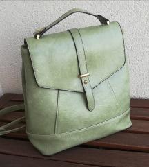 Zeleni kožni ruksak