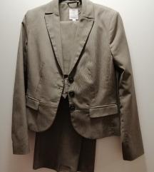 S. OLIVER zensko odijelo