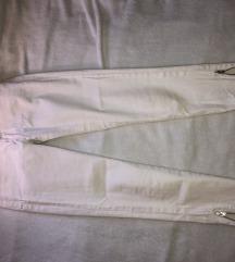 MANGO bijele traperice