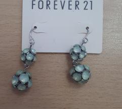Forever 21 Zelene Nausnice