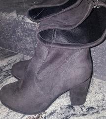 Čizme iznad koljena 39