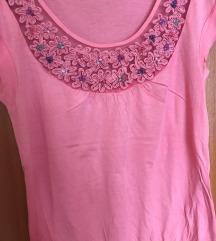 Roza majica sa cvjetnim detaljima (S/M)