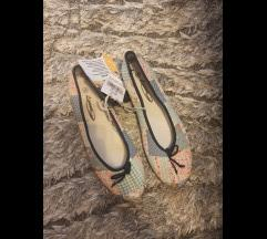Nove balerinke