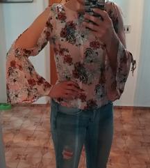 Cvjetna majica s volanom