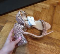 Šljokaste sandale