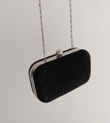Crna svečana torbica