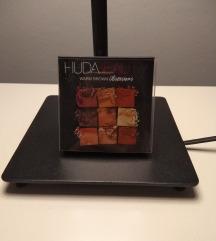 Huda beauty warm brown obsession paleta