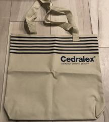 Ćvrsta vrećica / torba za kupovinu
