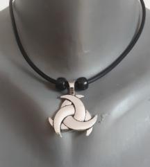 Trinity viking ogrlica