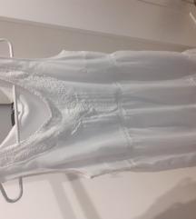 Bijela kratka haljinica