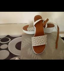 Inuovo sandale 38